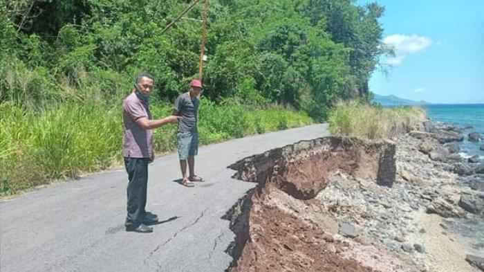 Jalan Provinsi di Talibura Rusak Berat