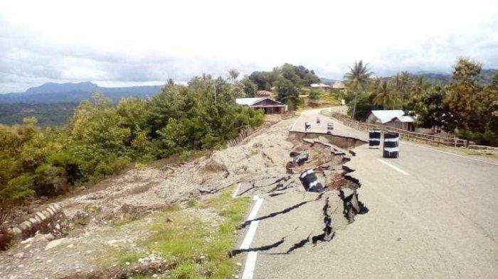 Jalan Sabuk Merah Perbatasan RI-RDTL Wilayah Alas-Malaka Nyaris Putus
