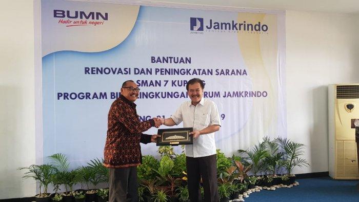 SMA Negeri 7 Kota Kupang Dapat Dapat Bantuan dari Jamkrindo! Ini Bentuknya