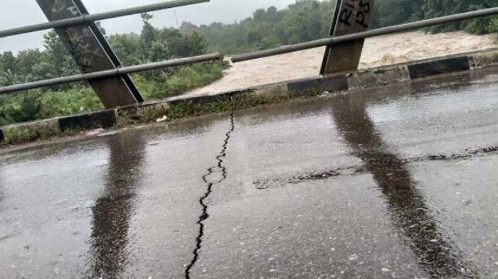 Jembatan Fatubenao di Belu Retak, Transportasi Masih Lancar
