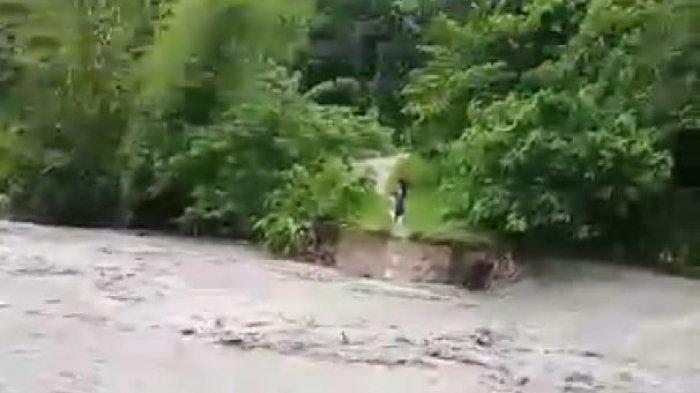Jembatan Terbawa Banjir, Dinas PUPR Sumba Timur Turunkan Tim ke Lokasi, Begini Kondisinya