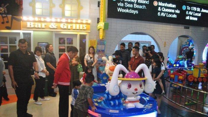 Ekspresi Jokowi Saat Liburan Akhir Pekan, Sambut Kelahiran Cucu Ke-3 dan Pesiar ke Mall di Solo