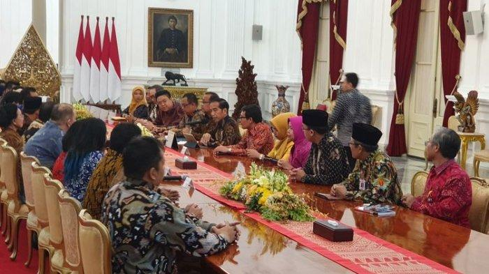 Jokowi Minta Pengusaha Kecil Menengah Berhati-hati dengan Fasilitas dari Pemerintah