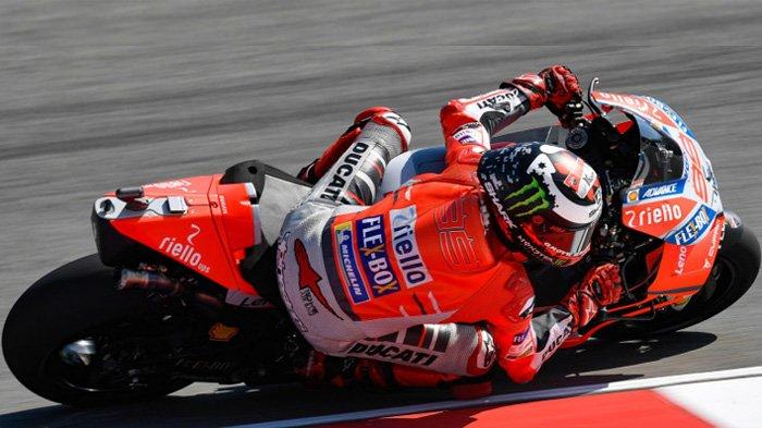 LIVE Streaming Trans 7 MotoGP Silverstone Inggris 17.30 WIB - Jorge Lorenzo di Posisi 1