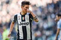 Bintang Juventus Paulo Dybala Bersama Sang Istri Bagikan Pengalaman Terserang Covid-19