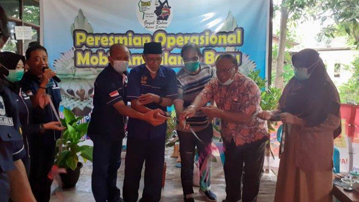 K2S Resmikan Mobil Ambulance Baru, Ketum K2S NTT, H. M. Ihsan : Saya Bangga