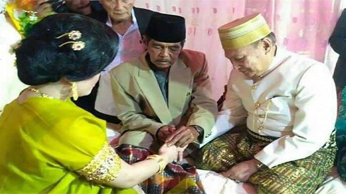 Sakitnya Tu Di Sinini,Kakek Nikahi Mahsiswi dengan Mahar Rp1,4 Miliar, Jadi Istri Malah Diselingkuhi
