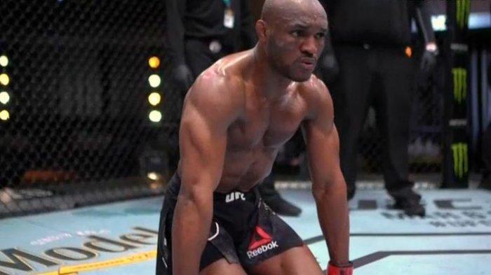 Kamaru Usman usai mengalahkan Gilbert Burns pada UFC 258(Dok. UFC) ()