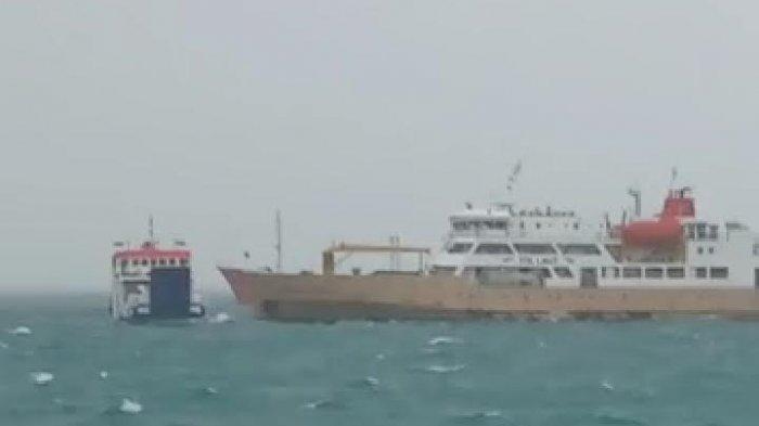 Kapal Jatra 1 Milik ASDP Tenggelam Dihantam Gelombang di Dermaga Pelabuhan Bolok NTT