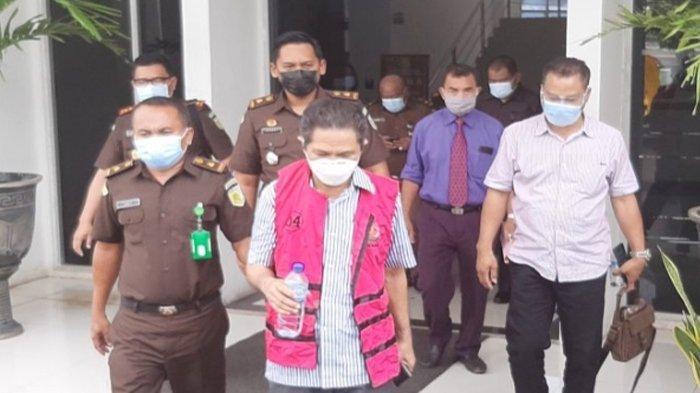 JPU Tuntut 15 Tahun Penjara, Ini Tanggapan Kuasa Hukum Mantan Bupati Agus Dula