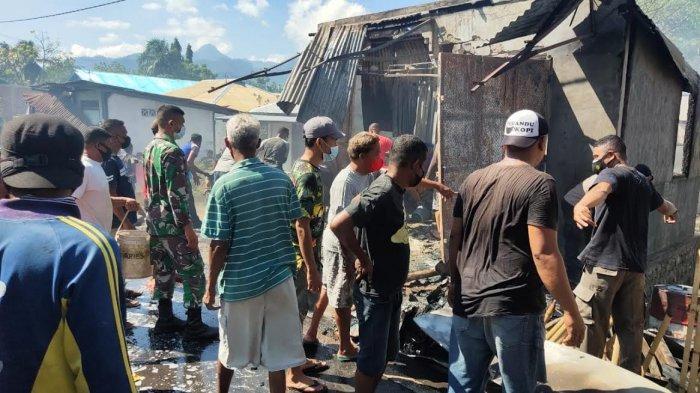 Kompor Meledak, Rumah, Kios dan Mobil di Namangkewa-Sikka Dilalap Jago Merah