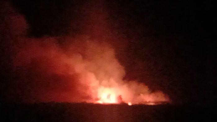 Api di Sekitar Landasan Pacu Bandara Umbu Mehang Kunda Waingapu Dipadamkan, SIMAK Info