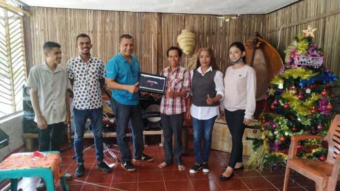 Tim Dosen PNK Launching Website Rumah Musik Sasando