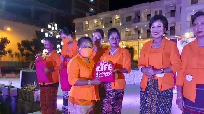 Kegiatan Perlombaan fashion show oleh DWP Kota Kupang untuk memperingati Hari Kartini 2021 di Hotel Naka, Rabu 21 April 2021.