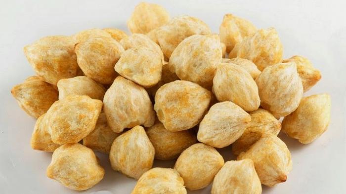 Mirip Kacang Walnut dan Beracun, Kenali Enam Manfaat Minyak Kemiri untuk Rambut & Cara Membuatnya