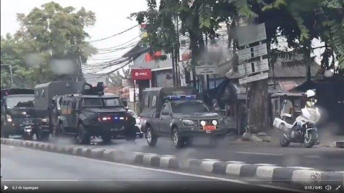 Kendaraan Tempur TNI Berhenti di Dekat Markas FPI Petamburan, Fadli Zon Berkicau, Penjelasan TNI