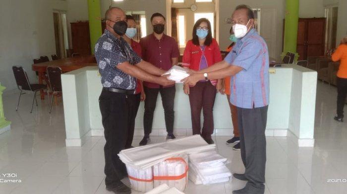 BPBD Sumba Barat Bantu 40 Paket Kantung-Plastik Pembungkus Jenazah ke RSUD dan RS Lende Moripa