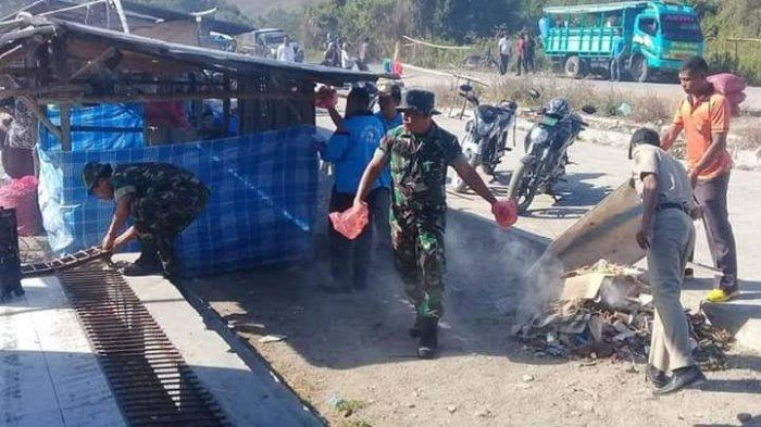 Niatnya Gotong Royong, Anggota Koramil 1612-05 Elar & Staf Kecamatan Sambi Rampas Masuk Lokasi Ini