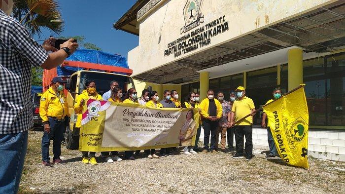 Golkar NTT Distribusi Bantuan Kemanusiaan Bagi Korban Bencana Siklon Seroja