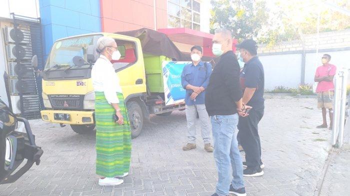 Ketua DPRD NTT Lepas Bantuan Tanggap Darurat Dana Kemanusiaan Kompas Bagi Korban Bencana NTT
