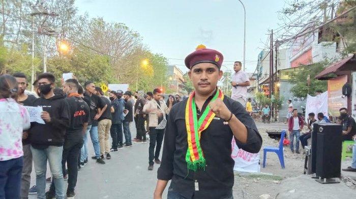 Ketua Presidium Gerakan Masyarakat PMKRI Kupang, Rino Sola.