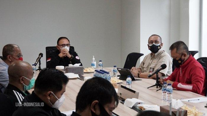 Ketum PSSI Mochamad Iriawan memimpin rapat bersama PT LIB terkait lanjutan Liga 1 2021
