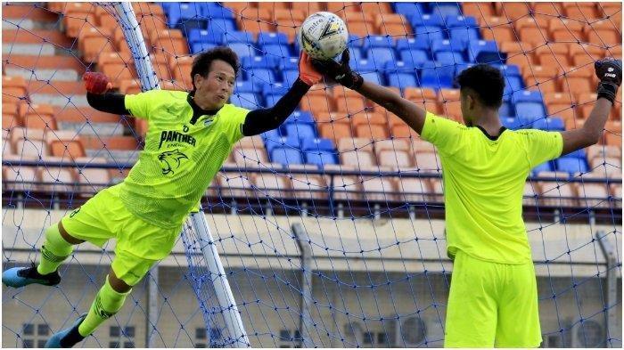 Kiper Persib I Made Wirawan Berharap Turnamen Pramusim Piala Menpora 2021 Bisa Terwujud, Info SPORT