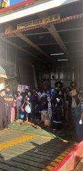 Ratusan Penumpang asal Sumba Antri di Pelabuhan Lembar NTB, KM Egon Akan Kembali Jemput