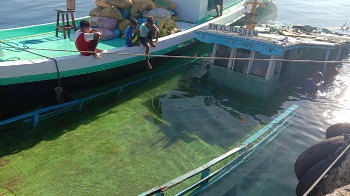 KM El Hasan Tenggelam di Pelabuhan Lewoleba