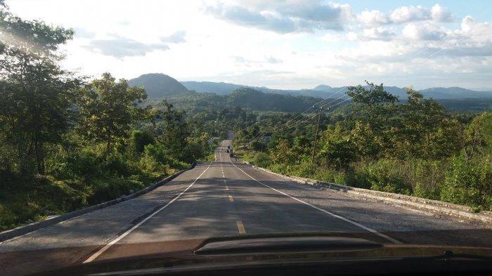 Jalan Sabuk Merah Menunjang Aktivitas Ekonomi Masyarakat Perbatasan RI-RDTL