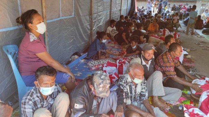 Ibu Hamil dan Anak-anak Korban Bencana di Adonara Sedang Kesulitan