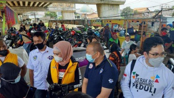 Gerak BS, IMI DKI Jakarta, Relawan 4 Pilar, Pemuda Pancasila,Komunitas Otomotif Bantu korban Banjir