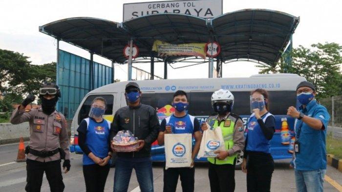 Berbagi ke 120 Kota di Berbagai Pulau di Indonesia dengan Setengah Juta Masker