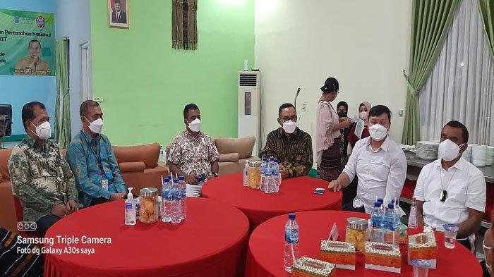 Kunjungan ke Ende Wamen ATR/BPN Minta Dukungan Tua Adat