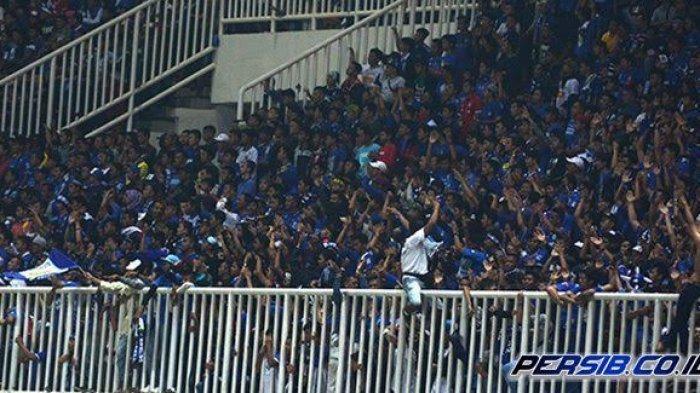 Laga Persib Bandung vs Persebaya Dipindahkan ke Bali, Pentolan Viking Persib Club Agus Rahmat Kecewa
