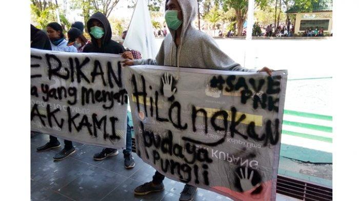 Lakukan Demo Depan Kampus, BEM Politeknik Negeri Kupang Tuntut Hapuskan Pungli