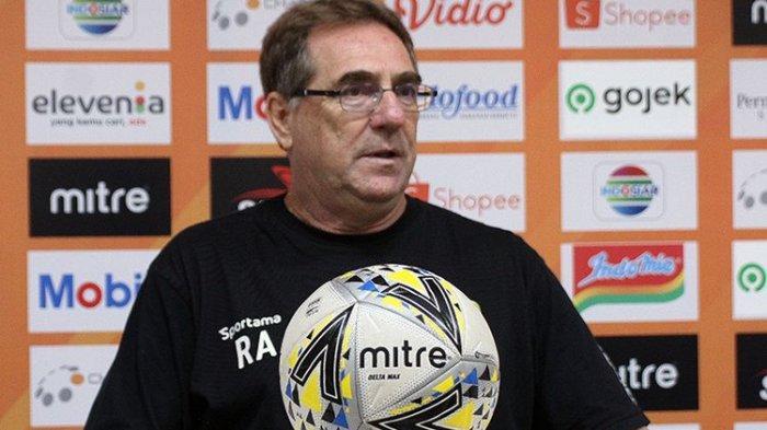 Kalah dari Bali United & Gagal Jaga Rekor Tak Terkalahkan Ini Komentar Pelatih Persib Robert Alberts