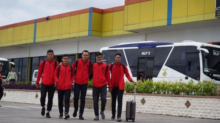 Lima pemain muda potensial milik tim Persija Jakarta, Adrianus Dwiki Arya, Taufik Hidayat, Al Hamra Hehanussa, Resky Fandi dan Braif Fatari.