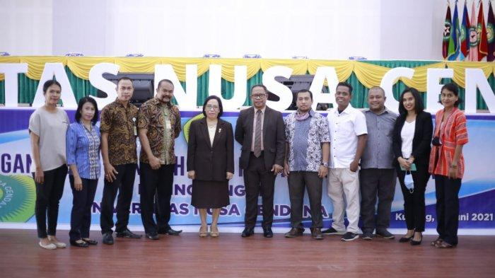 Rektor Lantik 14 Pejabat, Karolina Sangkala Kepala Biro Keuangan dan Administrasi Umum Undana Kupang