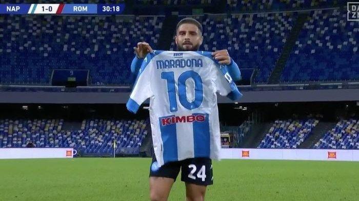Lorenzo Insigne usai mencetak gol ke gawang AS Roma dalam laga pekan ke-9 Liga Italia di Stadion San Paolo, Minggu (29/11/2020) malam atau Senin dini hari WIB.