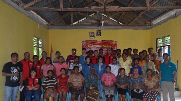 Mahasiswa Unwira Kupang Adakan Penyuluhan Hukum di Desa Kolbano TTS