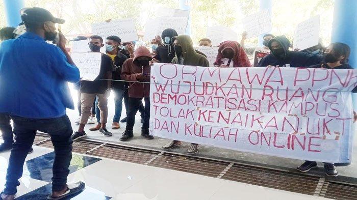 Mahasiswa Politani Kupang Protes Kenaikan Uang Kuliah