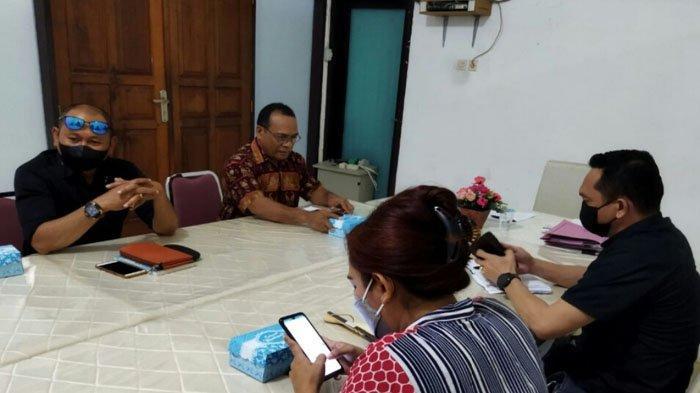 Mandat Ketua LKBH Dikembalikan ke Dekan FH Undana Kupang