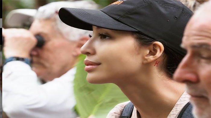 Pindah Keyakinan, Lepas Keartisan,Kini Manohara Aktivis Lingkungan,Jual Masker Bantu HewanTerlantar