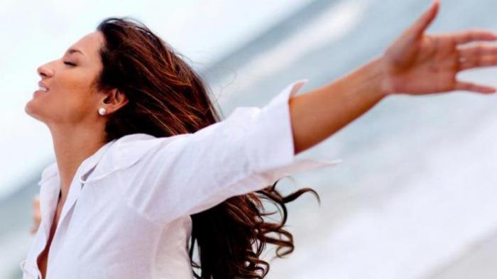Wajib Tahu, Ini 5 Gejala Serangan Jantung yang Dialami Perempuan, Sakit Perut hingga Keringat Dingin