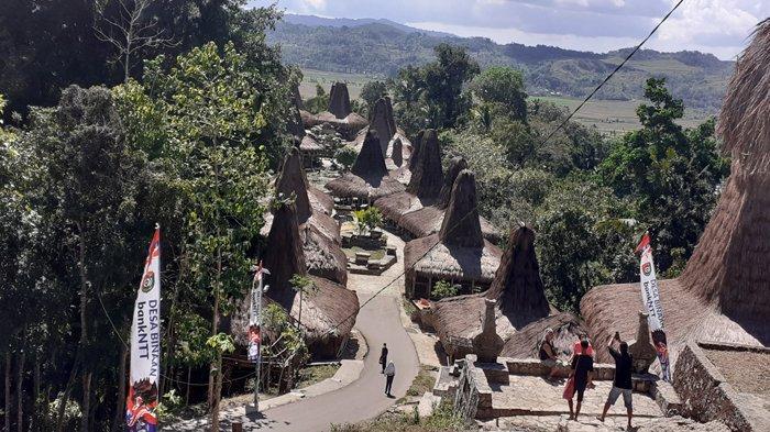 Masyarakat Kampung Prai Ijing Sumba Barat Sambut Kunjungan DPRD Banteng, Sulawesi Selatan