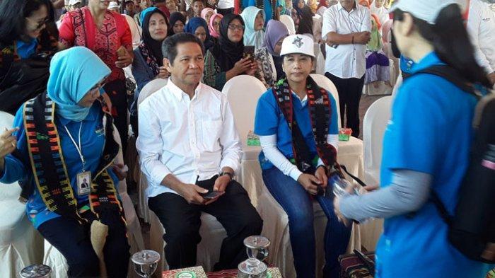 Menteri BUMN Kunjung Labuan Bajo, Minta Ibu-Ibu Manfaatkan Internet Desa