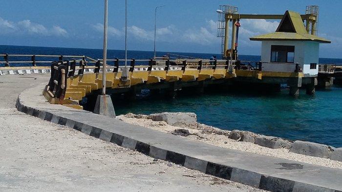 Menyedihkan Kondisi Dermaga Pelabuhan Feri Weekelo Sumba Barat Daya Saat Ini