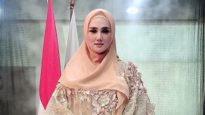 Begini Cara Mulan Jameela,Isteri Ahmad Dhani Politisi Gerindra Ajak Masyarakat Lawan Virus Corona