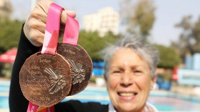 Ternyata Usia Bukan Penghalang ! Perenang Mesir Usia 76 Raih Juara